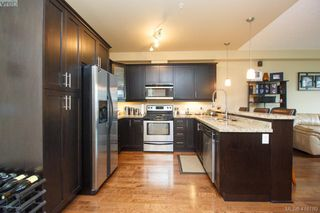 Photo 6: 315 2710 Jacklin Rd in VICTORIA: La Langford Proper Condo for sale (Langford)  : MLS®# 825585