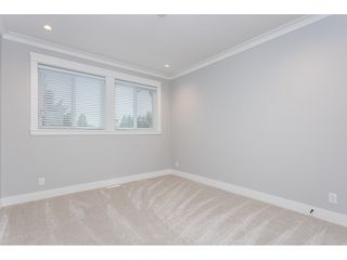Photo 12: 19552 118B Avenue in Pitt Meadows: Central Meadows House 1/2 Duplex for sale : MLS®# R2430851