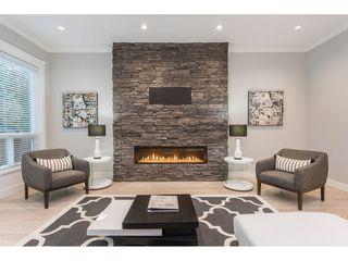Photo 7: 19552 118B Avenue in Pitt Meadows: Central Meadows House 1/2 Duplex for sale : MLS®# R2430851