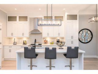 Photo 3: 19552 118B Avenue in Pitt Meadows: Central Meadows House 1/2 Duplex for sale : MLS®# R2430851