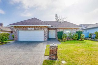 """Photo 1: 14056 20 Avenue in Surrey: Sunnyside Park Surrey House for sale in """"Ocean Bluff"""" (South Surrey White Rock)  : MLS®# R2506690"""