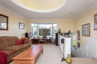 Photo 2: 10413 28A Avenue in Edmonton: Zone 16 House for sale : MLS®# E4172919