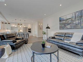 Photo 5: 1748 Coronation Ave in VICTORIA: Vi Jubilee House for sale (Victoria)  : MLS®# 828916