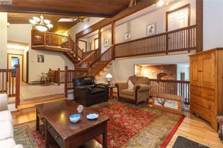 Photo 5: 3883 Graceland Drive in VICTORIA: Me Albert Head Single Family Detached for sale (Metchosin)  : MLS®# 423225