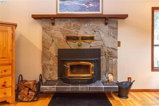 Photo 8: 3883 Graceland Drive in VICTORIA: Me Albert Head Single Family Detached for sale (Metchosin)  : MLS®# 423225