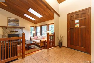 Photo 6: 3883 Graceland Drive in VICTORIA: Me Albert Head Single Family Detached for sale (Metchosin)  : MLS®# 423225