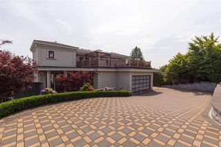 Photo 3: 1515 KINGS AVENUE in West Vancouver: Ambleside House for sale : MLS®# R2435610