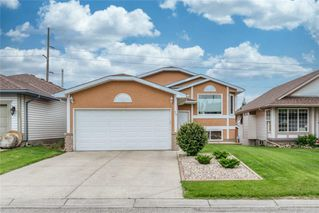 Main Photo: 76 SHAWBROOKE Circle SW in Calgary: Shawnessy Detached for sale : MLS®# C4304793