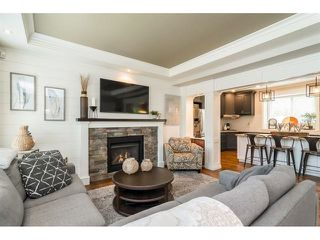 """Photo 4: 9408 207 Street in Langley: Walnut Grove House for sale in """"Shaughnessy Woods - Central Walnut Grove"""" : MLS®# R2475540"""