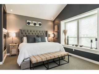 """Photo 10: 9408 207 Street in Langley: Walnut Grove House for sale in """"Shaughnessy Woods - Central Walnut Grove"""" : MLS®# R2475540"""