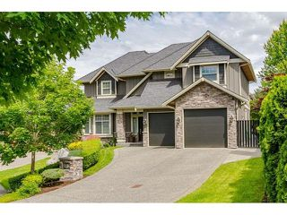 """Photo 2: 9408 207 Street in Langley: Walnut Grove House for sale in """"Shaughnessy Woods - Central Walnut Grove"""" : MLS®# R2475540"""