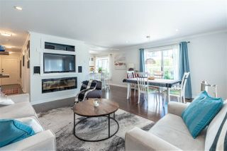 """Main Photo: 208 1378 GEORGE Street: White Rock Condo for sale in """"Franklin Place"""" (South Surrey White Rock)  : MLS®# R2489470"""
