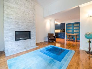Photo 2: 403 1125 GILFORD Street in Vancouver: West End VW Condo for sale (Vancouver West)  : MLS®# R2492209