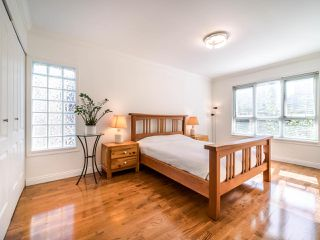 Photo 10: 403 1125 GILFORD Street in Vancouver: West End VW Condo for sale (Vancouver West)  : MLS®# R2492209