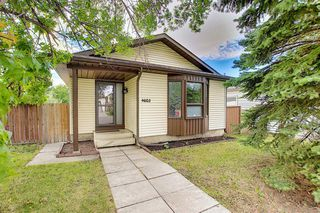 Main Photo: 4603 43 Street NE in Calgary: Whitehorn Detached for sale : MLS®# A1031744