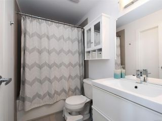 Photo 16: 241 2871 Jacklin Rd in : La Langford Lake Condo Apartment for sale (Langford)  : MLS®# 855967