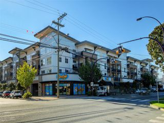 Photo 2: 241 2871 Jacklin Rd in : La Langford Lake Condo Apartment for sale (Langford)  : MLS®# 855967