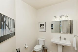 Photo 17: MOUNT HELIX House for sale : 5 bedrooms : 1682 Kimberly Woods Dr in El Cajon