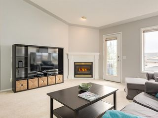 Photo 12: 316 Sierra Morena Green SW in Calgary: Signal Hill Row/Townhouse for sale : MLS®# A1047765