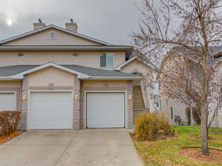 Photo 32: 316 Sierra Morena Green SW in Calgary: Signal Hill Row/Townhouse for sale : MLS®# A1047765