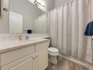 Photo 23: 316 Sierra Morena Green SW in Calgary: Signal Hill Row/Townhouse for sale : MLS®# A1047765
