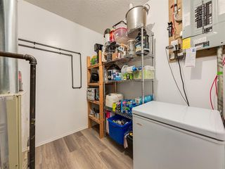 Photo 25: 316 Sierra Morena Green SW in Calgary: Signal Hill Row/Townhouse for sale : MLS®# A1047765