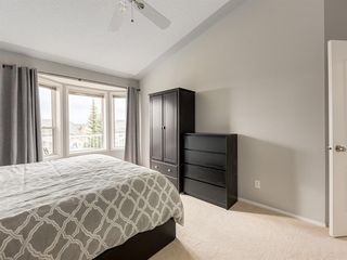 Photo 17: 316 Sierra Morena Green SW in Calgary: Signal Hill Row/Townhouse for sale : MLS®# A1047765