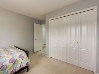 Photo 22: 316 Sierra Morena Green SW in Calgary: Signal Hill Row/Townhouse for sale : MLS®# A1047765