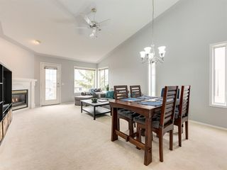 Photo 8: 316 Sierra Morena Green SW in Calgary: Signal Hill Row/Townhouse for sale : MLS®# A1047765
