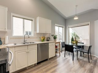 Main Photo: 316 Sierra Morena Green SW in Calgary: Signal Hill Row/Townhouse for sale : MLS®# A1047765