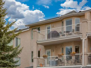 Photo 30: 316 Sierra Morena Green SW in Calgary: Signal Hill Row/Townhouse for sale : MLS®# A1047765