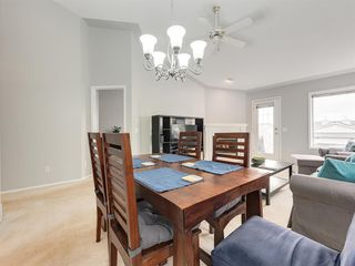 Photo 11: 316 Sierra Morena Green SW in Calgary: Signal Hill Row/Townhouse for sale : MLS®# A1047765