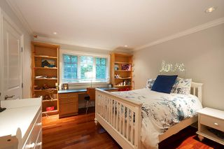 Photo 13: 4512 CAULFEILD Lane in West Vancouver: Caulfeild House for sale : MLS®# R2454856