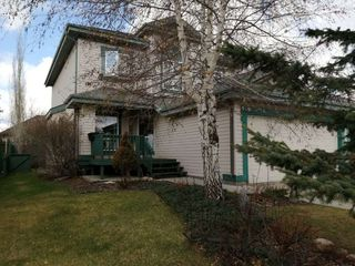 Photo 2: 108 CAIRNS Bay in Edmonton: Zone 27 House for sale : MLS®# E4197124