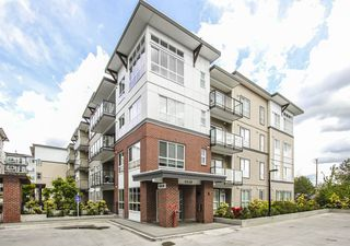 Photo 1: 306 6438 195A Street in Surrey: Clayton Condo for sale (Cloverdale)  : MLS®# R2457034