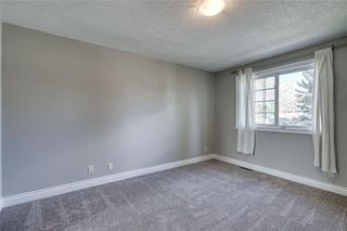 Photo 20: 2419 53 Avenue SW in Calgary: North Glenmore Park Semi Detached for sale : MLS®# C4299769