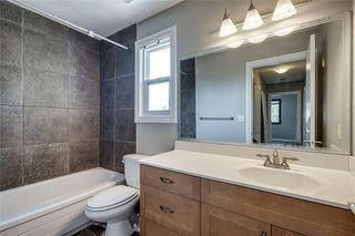 Photo 16: 2419 53 Avenue SW in Calgary: North Glenmore Park Semi Detached for sale : MLS®# C4299769