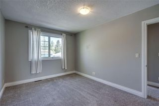 Photo 17: 2419 53 Avenue SW in Calgary: North Glenmore Park Semi Detached for sale : MLS®# C4299769