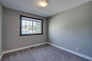 Photo 19: 2419 53 Avenue SW in Calgary: North Glenmore Park Semi Detached for sale : MLS®# C4299769