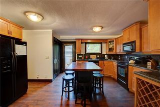 Photo 12: 2419 53 Avenue SW in Calgary: North Glenmore Park Semi Detached for sale : MLS®# C4299769