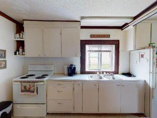 Photo 3: 219 LEBOURDAIS Avenue: Clinton House for sale (North West)  : MLS®# 157383