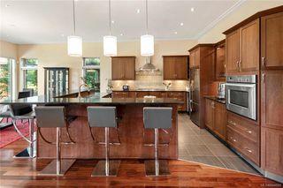 Photo 8: 900 Walking Stick Lane in Saanich: SE Cordova Bay House for sale (Saanich East)  : MLS®# 844669