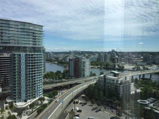 Photo 3: 2307 1009 EXPO Boulevard in Vancouver: Yaletown Condo for sale (Vancouver West)  : MLS®# R2503006