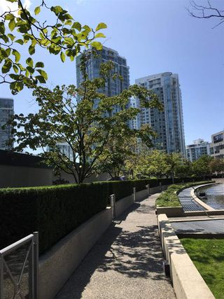 Photo 11: 2307 1009 EXPO Boulevard in Vancouver: Yaletown Condo for sale (Vancouver West)  : MLS®# R2503006