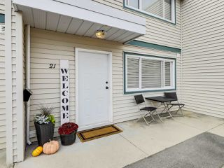 """Photo 21: 21 4949 57 Street in Delta: Hawthorne Townhouse for sale in """"OASIS"""" (Ladner)  : MLS®# R2505402"""