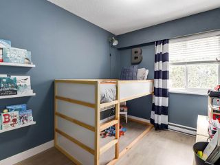 """Photo 17: 21 4949 57 Street in Delta: Hawthorne Townhouse for sale in """"OASIS"""" (Ladner)  : MLS®# R2505402"""