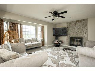 "Photo 5: 9158 156 Street in Surrey: Fleetwood Tynehead House for sale in ""Fleetwood"" : MLS®# R2507584"