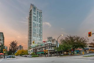"Photo 2: 1401 120 W 2ND Street in North Vancouver: Lower Lonsdale Condo for sale in ""The Observatory"" : MLS®# R2526275"