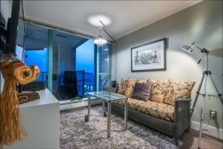 "Photo 11: 1401 120 W 2ND Street in North Vancouver: Lower Lonsdale Condo for sale in ""The Observatory"" : MLS®# R2526275"