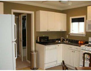 Photo 3: 427 E 36TH AV in Vancouver: Fraser VE House for sale (Vancouver East)  : MLS®# V602899